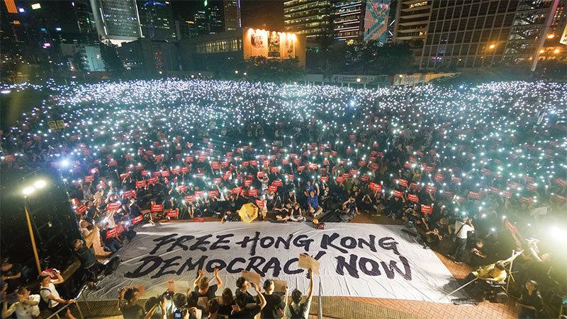 港人奮起反抗 北京失算 香港局勢四種可能趨勢