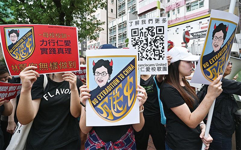 紅二代爆習與港澳辦中聯辦衝突 習李就香港局勢內部表態