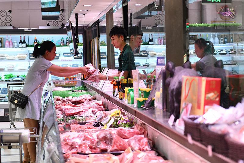 豬肉價暴漲 人民幣續貶 反美不被中國人看好