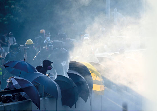 反送中百日 港人「自殺」頻傳 中共鎮壓法輪功手法重現香港