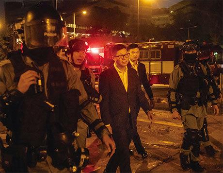 港警一哥鄧炳強恐以陰招對付抗爭者