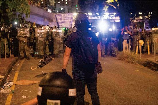 >香港勇武派中學生的心聲撕破中共謊言