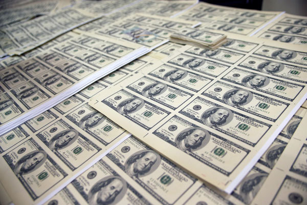 中共印假美鈔 打貨幣金融超限戰