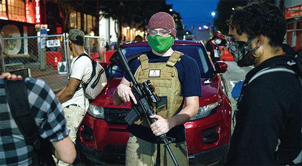 極端分子占領市區 西雅圖共產魔影揮不去