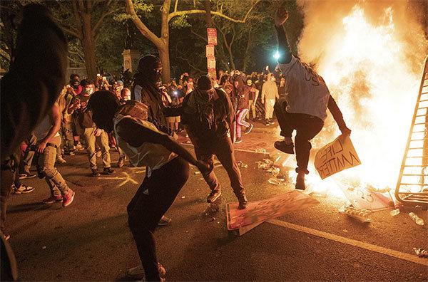 中共挑起美國騷亂 超限戰的一部分