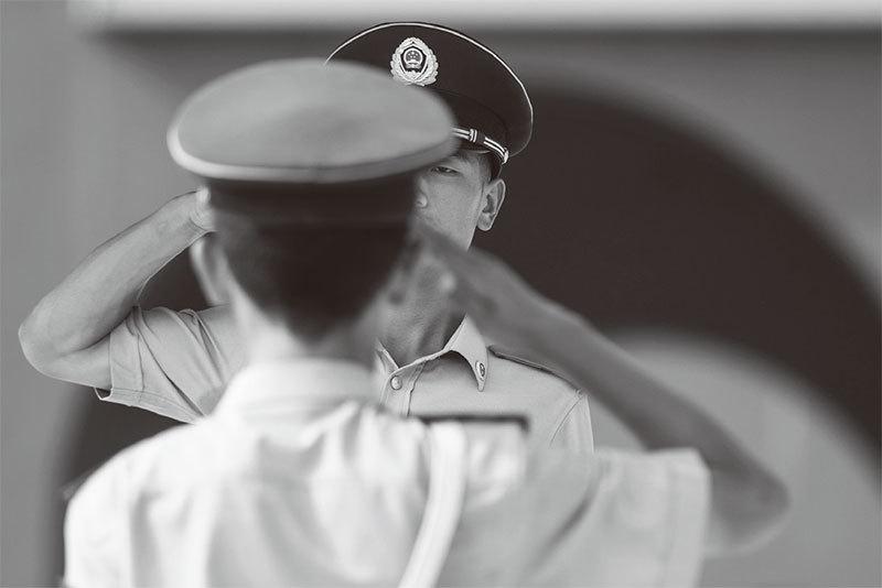 獻給中國年輕人的逆耳忠言 ——中共黨衛軍90周年祭