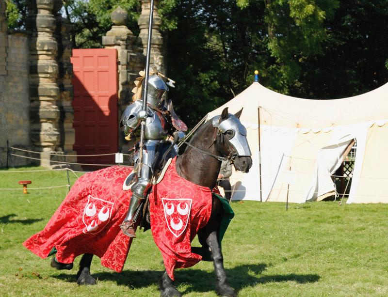 為榮譽而戰 英國中世紀重裝騎士比武