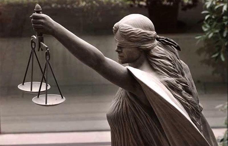 玩弄法律的紅朝被正義所懲