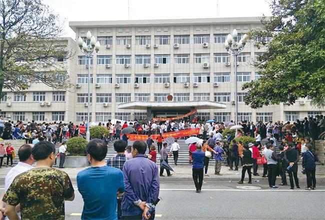 反對建垃圾焚燒廠 安徽上萬人抗議爆衝突