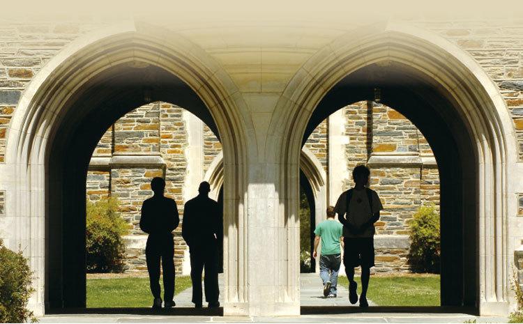 從「隱形衣」看深藏美校園的「學術間諜」