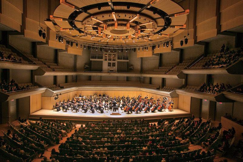 >神韻交響樂氣勢宏大輝煌 觀眾:感受幸福快樂