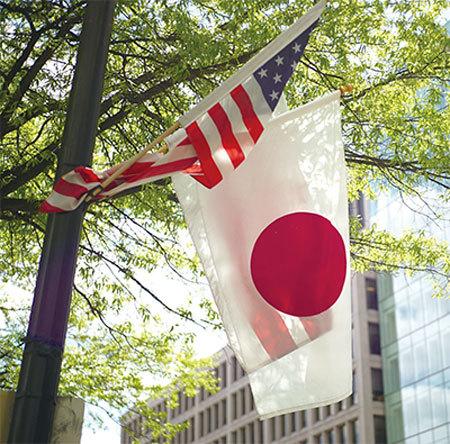 日本學者:美國圍剿中共 日本需保持同步