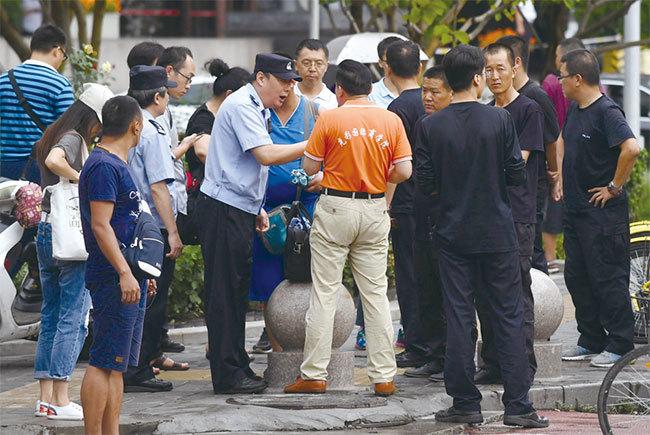 北京當局走鋼索 斷索亡黨倒計時