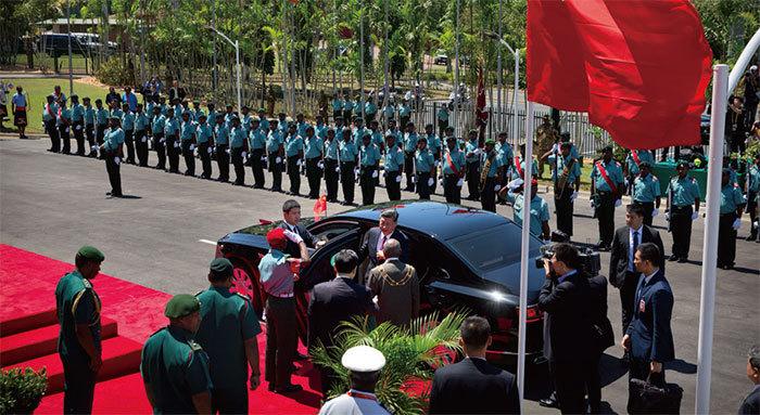 中共官員霸道粗魯丟華人臉 APEC領袖宣言難產