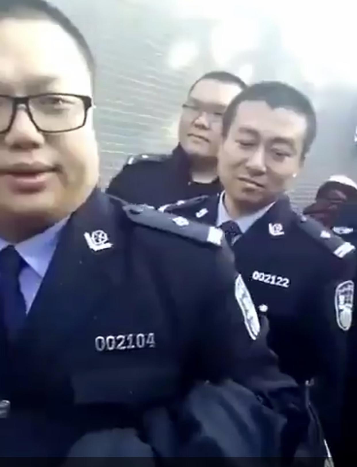 警察北京上訪 網友:不同情