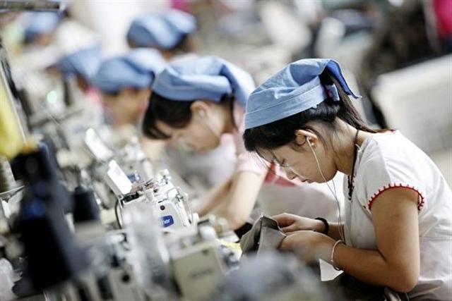 富士康裁員34萬 中共將迎失業潮