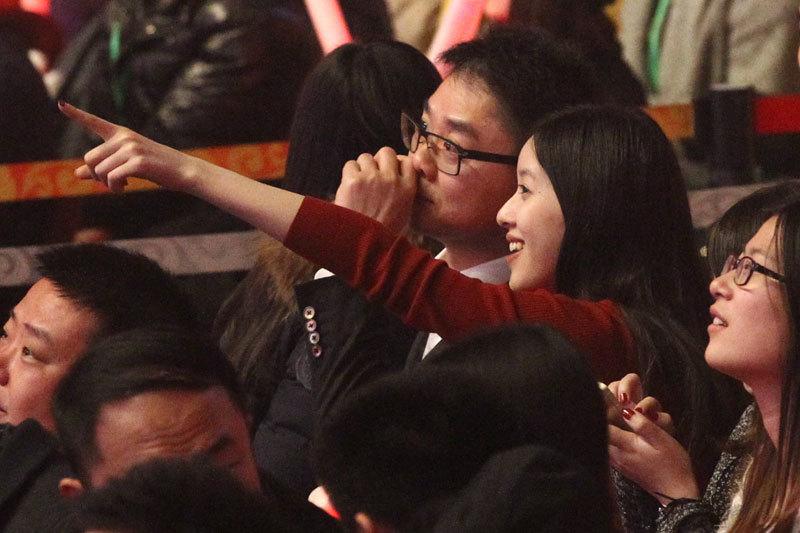 >劉強東重用美女助理內幕 傳已和章澤天離婚