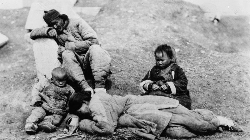 大饑荒60周年 一張血腥合照震驚全世界