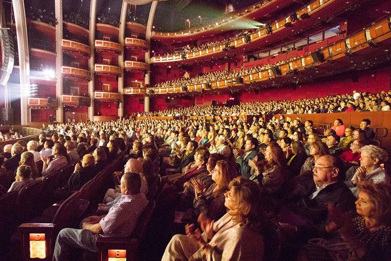 神韻好萊塢四場全爆滿 九次艾美獎得主盛讚