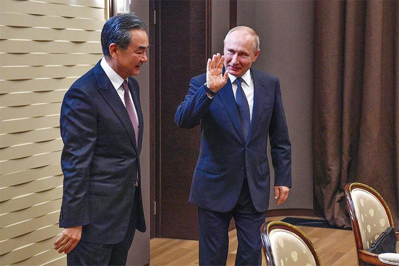 >中美貿戰急 中俄關係變