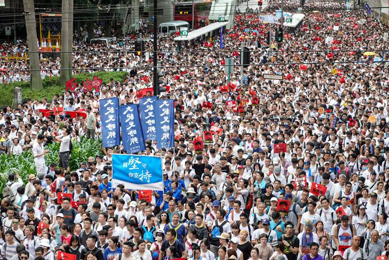 送中條例已死 香港特首道歉但不撤回不下臺內幕