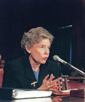 >雷根的政治靈魂伴侶  珍‧卡派翠克在聯合國實踐自己的學說