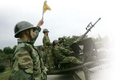 >中共國防白皮書 顯擴軍備戰姿態